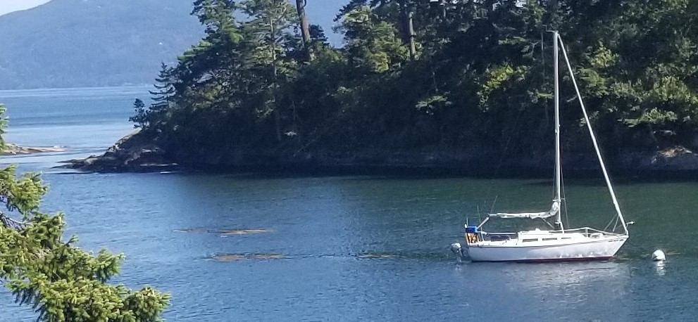 Spend weekends exploring the San Juan and Gulf Islands on this lovely, well cared for sailboat.